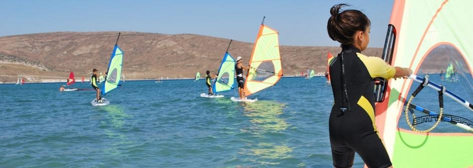Alacati windsurf clases principiantes